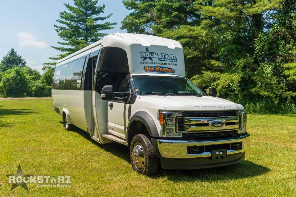 Rockstarz Limousine & Party Bus fleet