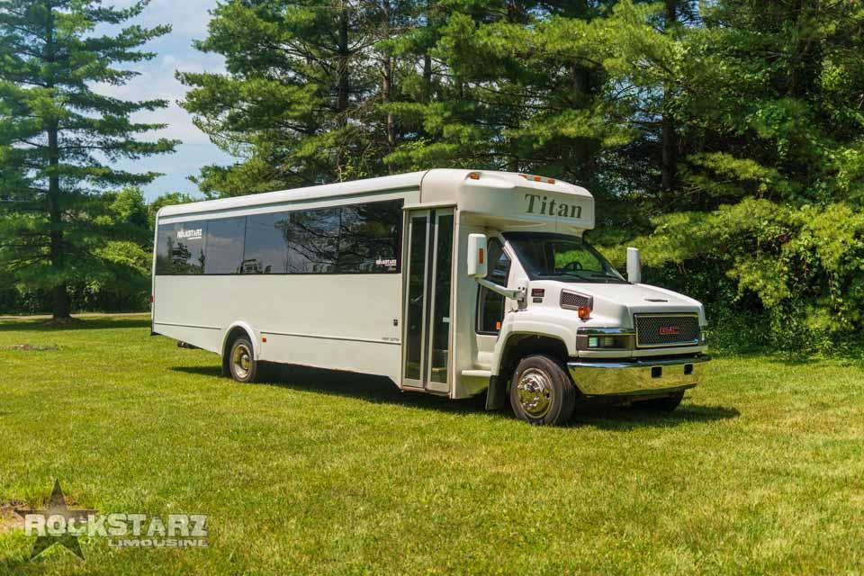 Rockstarz Limousine & Party Bus